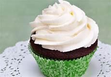 Einfaches Cupcake Rezept - frosting f 252 r cupcakes grundrezept rezept ichkoche at