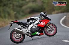 2018 Aprilia Rsv4 Rf Factory Motorcycle Test Mcnews