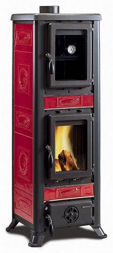 the nordica fulvia forno wood burning stove with oven