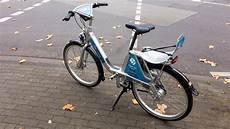 Fahrrad Mit Kindersitz - call a bike fahrrad mit kindersitz bilder und fotos