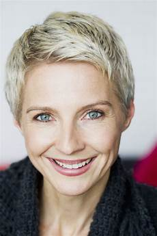 very short pixie haircuts for older women the best 33 short hairstyles for fine hair superhit ideas