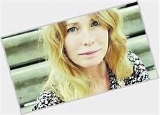 carré blond gloria carra official site for crush wednesday wcw