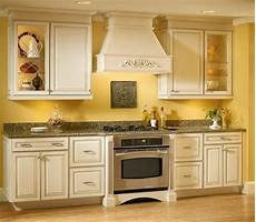 Bedroom Cabinet Color Ideas by Grey Kitchen Cabinets Yellow Walls Ngeposta Kitchen