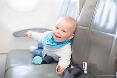 kindersitz im flugzeug quot for use in aircraft quot sicher