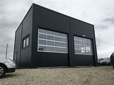 garage kaufen in halle werkstatt lager halle gewerbe hallen in ostr 243 w