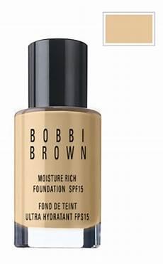 brown moisture rich foundation spf 15 no 4