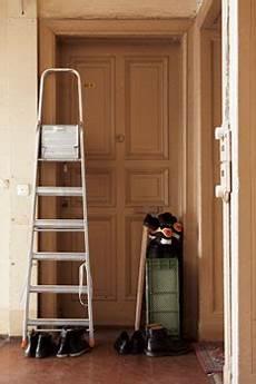 Treppenhaus Ger 252 Mpel Geh 246 Rt Nicht Vor Die Wohnungst 252 R
