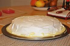 torta pan di spagna crema pasticcera e panna torta pan di spagna farcito alla crema e panna potacci e sbrodeghezzi