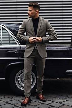the guide to putting together business casual attire