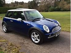 where to buy car manuals 2003 mini cooper instrument cluster christina is having this 2003 53 mini cooper in blue with chili pack and panoramic glass