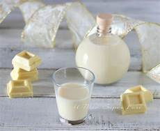 cioccolato bianco fatto in casa liquore al cioccolato bianco fatto in casa liquore al cioccolato liquori cioccolato bianco