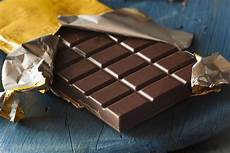 20 reasons you should eat dark chocolate every day new york daily news