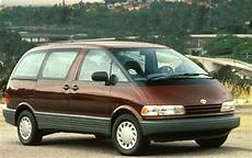 used 1993 toyota previa minivan pricing features edmunds used 1992 toyota previa minivan pricing features edmunds