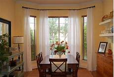 Kitchen Curtains For Bay Windows by How To Choose The Right Curtains Blinds Shades And
