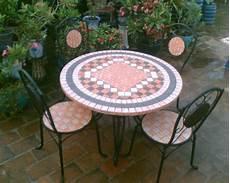 gartentisch mosaik gartentisch aus mosaik 30 super modelle archzine net