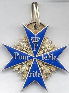 Godet Gefertigte Pour Le M 233 Rite