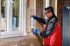 Fenstermontage Normen Abdichtung Befestigung