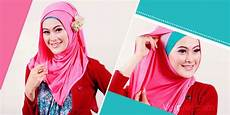 Til Modis Dan Feminim Dengan Pasmina Kaos Kumpulan