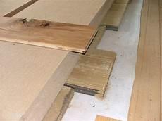 gipskartonplatten auf unebener wand befestigen dachausbau fussbodenaufbau