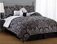 is a floral comforter effeminate for a space malelivingspace
