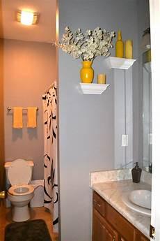 Bathroom Decor Ideas Yellow by Best 25 Yellow Bathroom Decor Ideas On 84