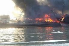 Kapal Terbakar Di Perairan Banggai Laut 8 Orang Tewas