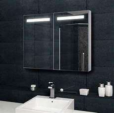 spiegelschrank mit steckdose design spiegelschrank mit verdeckter led 100x70 cm mit