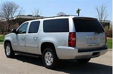 how cars run 2010 chevrolet suburban electronic valve timing buy used 2010 chevrolet suburban lt 1500 automatic 6 speed awd 4x4 towing package low mil in