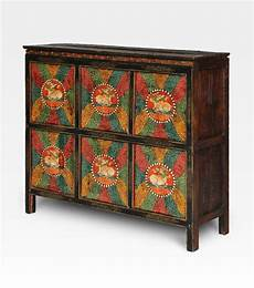 credenza tibetana credenza tibetana dipinta legno di pino cod 0007 0047
