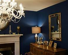 absolutely love this navy blue wall with gold accents benjamin moore adriatic sea csp 660