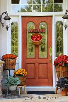 Decorations For A Front Porch by 30 Fall Porch Decorating Ideas Ways To Decorate Your
