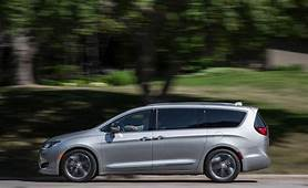 2018 Chrysler Pacifica  Fuel Economy Review Car And Driver