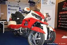 Salon Moto De La Honda Goldwing 3 Roues Comme Un