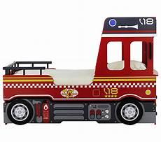lit pompier but lit 90x190 camion pompier gigogne lits but
