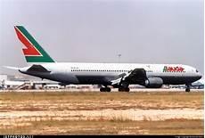lauda air homepage oe lau boeing 767 3z9 er lauda air italy manuel