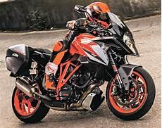 ktm 1290 superduke gt 2018 fiche moto motoplanete