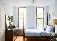 Small Space Simple Bedroom Design Ideas by Simple Bedroom Small Bedroom Ideas 21 Ways To Live