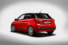 new hyundai i20 prices specifications and co2 emissions