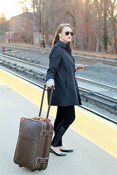 travel tuesday easy travel wear new york city fashion and lifestyle blog covering the bases
