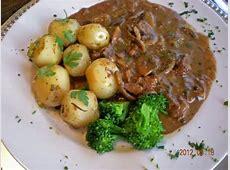 zurcher geschnetzeltes  zurich style veal strips in cream sauce_image