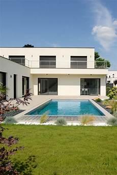 piscine sur maison contemporaine fontaine sur sa 244 ne
