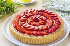 torta con crema pasticcera fatto in casa da crostata morbida crema e fragole fatto in casa da benedetta rossi ricetta nel 2020 ricette