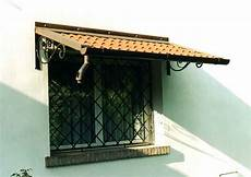 tettoie per finestre casa moderna roma italy tettoie per portoni esterni