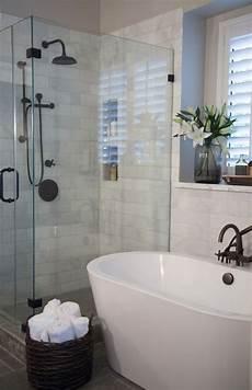 carreau de verre pas cher relooker une salle de bain 42 id 233 es en photos