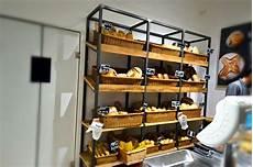 scaffale ferro realizzazione bancone e strutture scaffali panetteria a