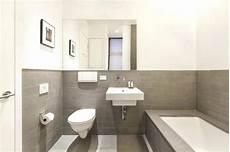 Bad Beige Grau - badezimmer sand bad set fliesen beige weiss badezimmerschrank