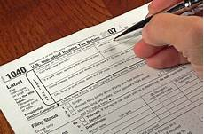 when is it better to file joint income tax returns