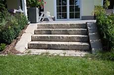 Terrassen Treppen In Den Garten - terrasse treppe garten