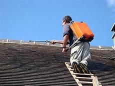 nettoyer toit nettoyer une toiture en ardoise