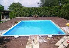 schwimmbad im garten bauen pool anlegen in 13 schritten obi